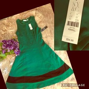 New York&company green NWT XS great spring dress🌸